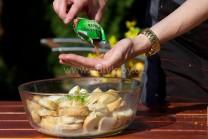 Nevyhnutným korením spolu so soľou a korením je muškátový kvet. Muškátový kvet je pre svoju vôňu veľmi obľúbený pri príprave hlavne zeleninových pokrmov.
