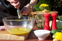 Cesnak s medom a pomarančovou šťavou je v omáčke veľmi zaujímavou a lahodnou kombináciou.