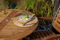 Aranžmán na tanieri môžeme doladiť naprieč prekrojeným ogrilovaným cesnakom. Už len pri pohľade na takto naaranžovanú večeru sa určite mnohým z nás zbiehajú sliny.