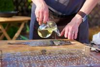 Pri grilovaní používame vždy kvalitný rastlinný olej, najlepšie slnečnicový alebo olivový.